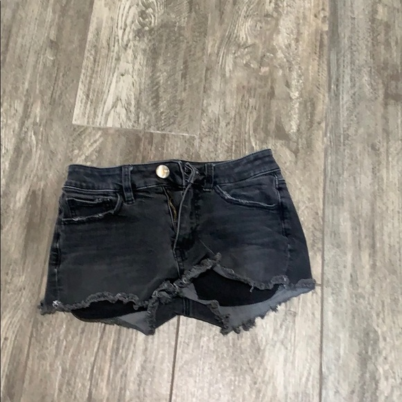 American Eagle Outfitters Pants - AEO high rise Shortie shorts